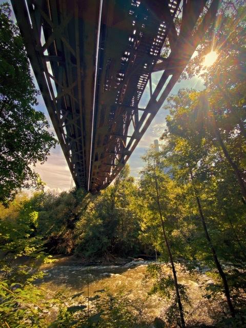 Von Brücken und Wegen…